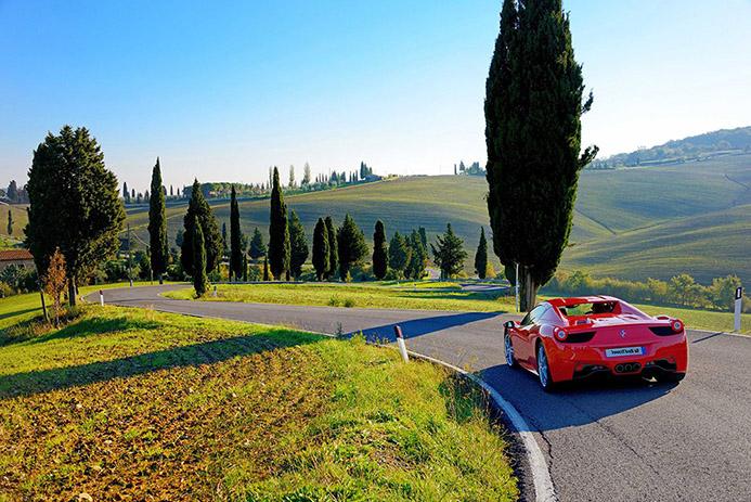 тур на авто в Италии в Риме Тоскане