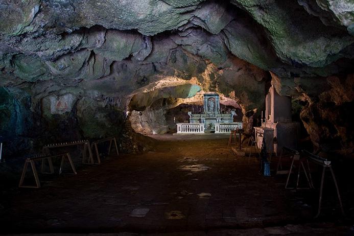 красивые пещеры Италии