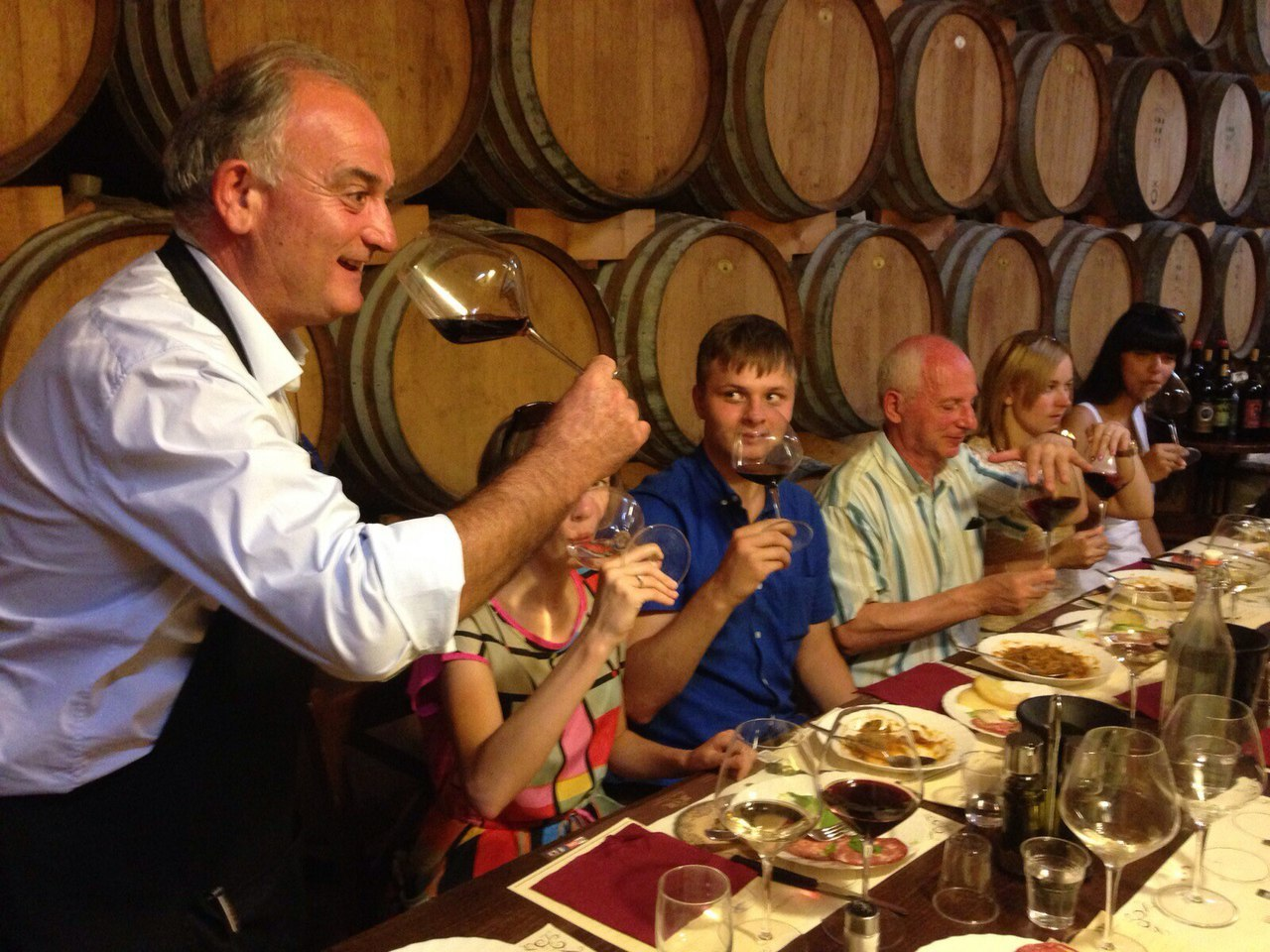 дегустация вина в Италии Тоскана Монтальчино