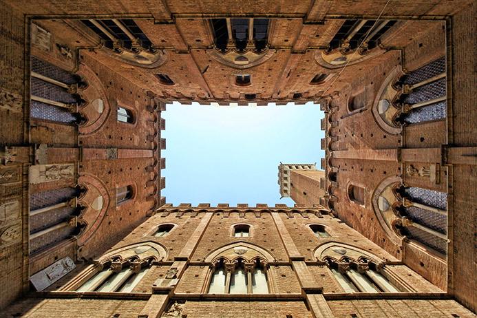 необычные достопримечательности в Италии Сиена
